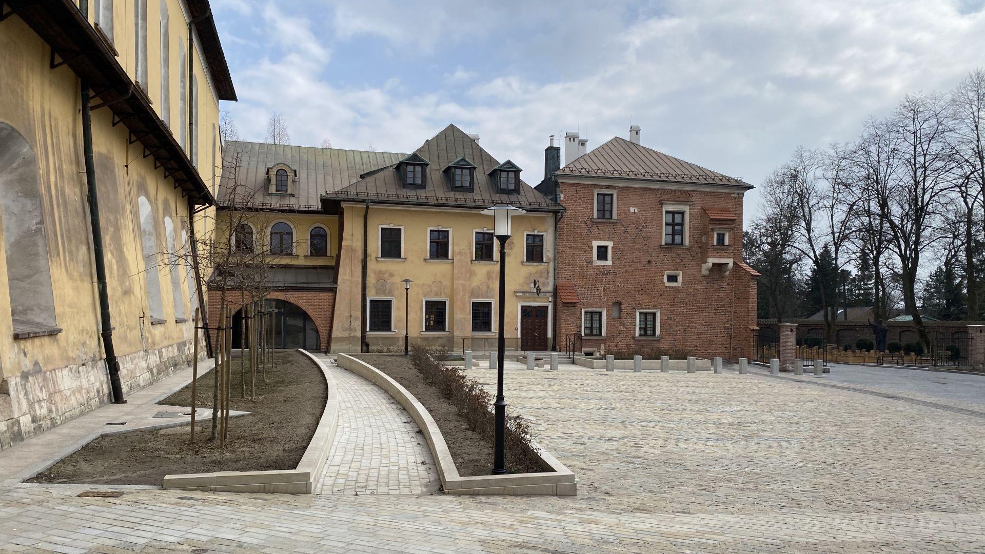 Podpisanie umowy na kompleksowe wykonanie ekspozycji dla Muzeum Cystersów w Krakowie-Mogile
